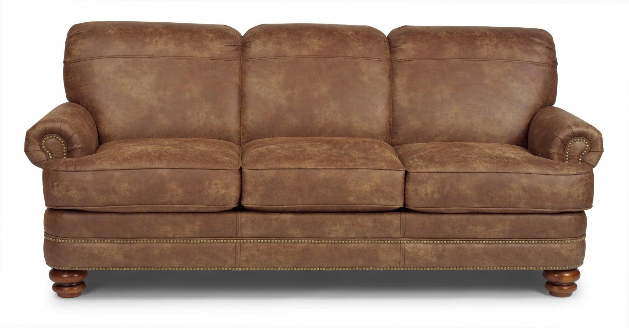 Shop Flexsteel sofas. Sofas for your living room in Monterey county! Stop by Mums Place Furniture Store in Carmel, CA.