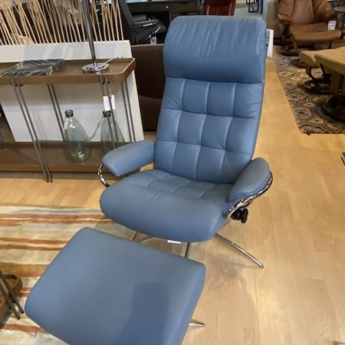 Stressless London at Mums Place Furniture Monterey CA